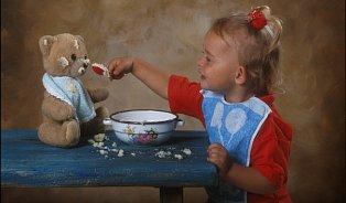 Dítě přesolíte už jedním rohlíkem se šunkou