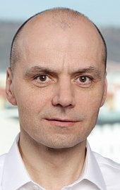 Karel Růžička bude v bance
