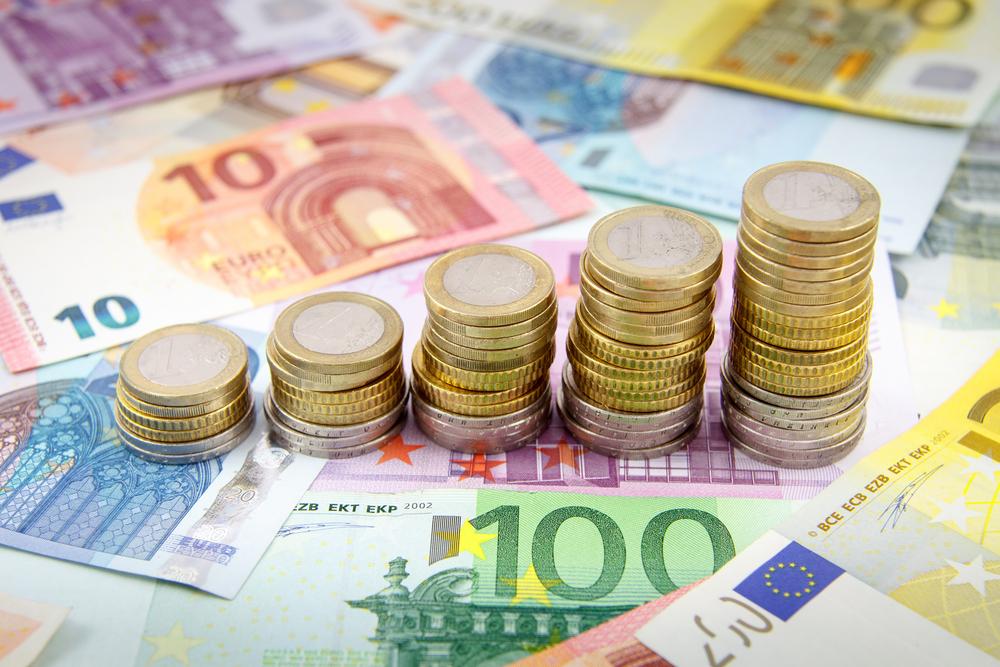 MONETA Money Bank bude větší. Převezme Air Bank, Home Credit a Zonky