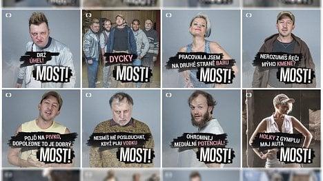 Fotografie, které tým České televize používal pro propagaci seriálu Most na sociálních sítích.