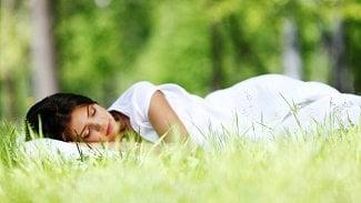 """Jarní únava: Cítíte se unavení? Podívejte se, co vás """"nakopne"""""""