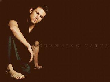 ...a na druhém místě je model Channing Tatum
