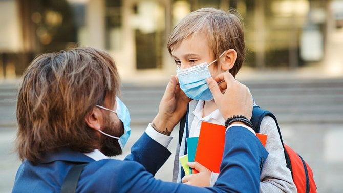 Znovu do školy: lékařka radí, jak zvládnout opatření a co udělat pro dětskou imunitu