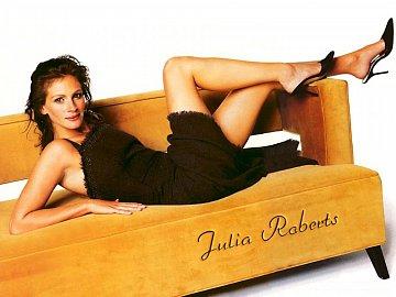 V pravidelném seznamu nejkrásnějších lidí světa magazínu People se na 1. místě umístila Julia Roberts...