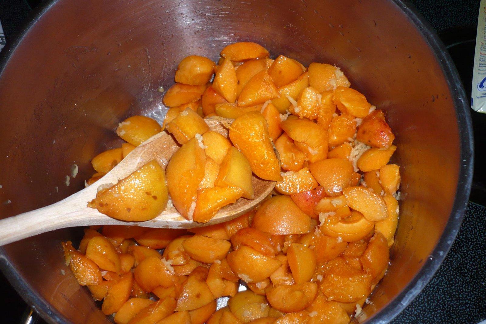 Domácí meruňkový džem