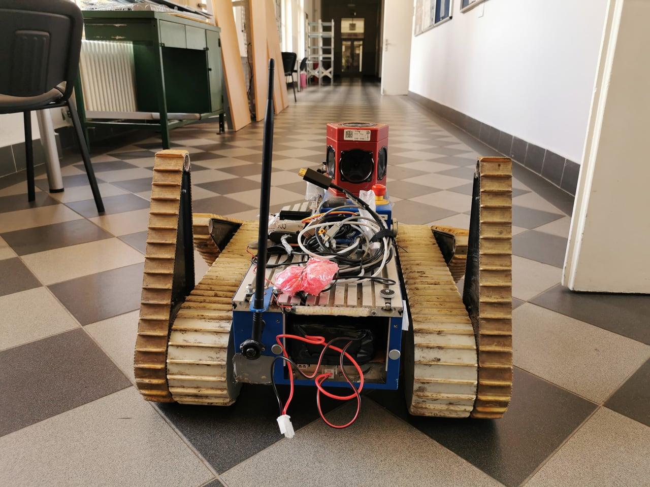 Roboti z Fakulty elektrotechnické na ČVUT