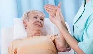 Osteoporózu nelze vyléčit, řídnutí kostí je ale možné zpomalit