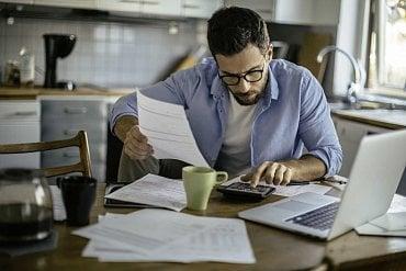 Pečlivé propočítání úvěrů