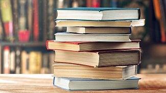 Lupa.cz: Deset knih, které by vám neměly ujít