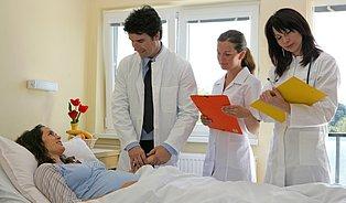 Akreditace nemocnic: past na zdravotníky ipacienty
