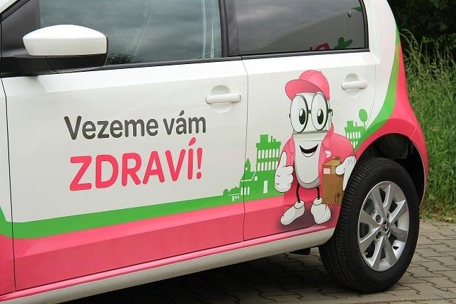 Pilulka Auto - unikátní doprava léků v Praze