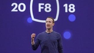 Lupa.cz: Facebook chystá seznamku a VR vzpomínky