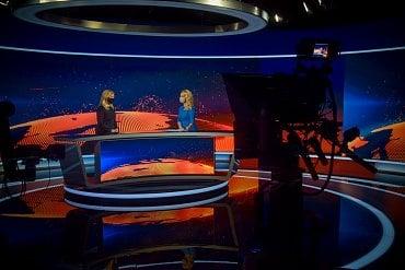 Natáčení ve zpravodajském studiu TV Markíza, ilustrační foto z rozhovoru s prezidentkou Zuzanou Čaputovou