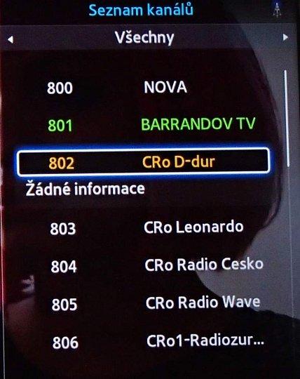 Kanály se po instalaci seřadí abecedně bez ohledu na to, zda jsou televizní či rozhlasové. Nova je na prvním místě proto, protože název začíná mezerou (nebo možná podtržítkem…).