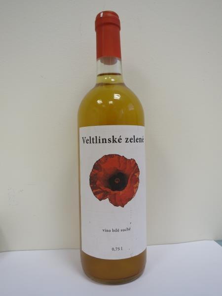 Veltlinské zelené, víno bílé, suché, víno z Maďarska, alk. 11% o