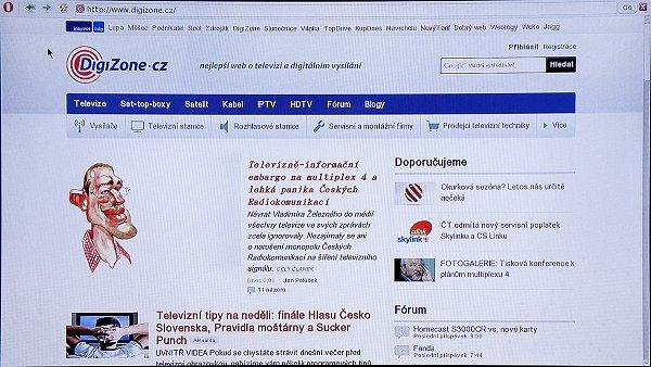 Takto zobrazuje přijímač v instalovaném webovém prohlížeči Opera stránku našeho webu.
