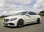 Mercedes-Benz C 63AMG– sosmiválcem proti BMW M3