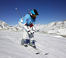 Za riskantní jízdu na lyžích vám mohou snížit nárok na odškodnění