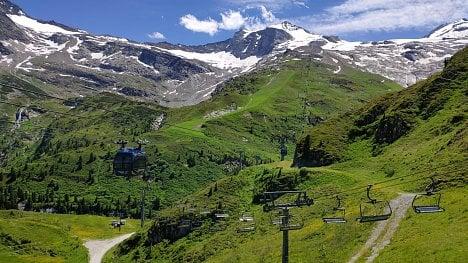 Hintertux, Zillertal, Rakousko. (Xiaomi Mi 8)