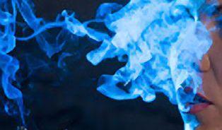 Vyžeňte zápach cigaret z oblečení i nábytku