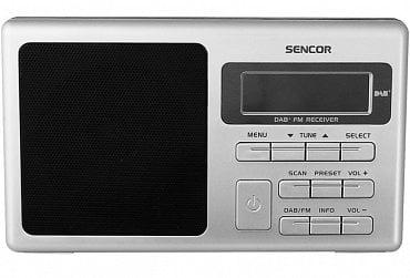 Dobře viditelné ovládání Sencor SRD 6400 DAB+. Na zadní straně je pouze fyzické vypnutí.