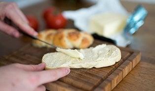 Vitalia.cz: 9tipů pro výběr kvalitního másla: Žluté je dobarvené