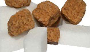 Tmavé cukry se liší od bílého, stejně jako mezi sebou