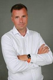 Od 3. srpna nastupuje do pozice předsedy představenstva leasingové společnosti sAutoleasing a Erste Leasing Petr Vacek.