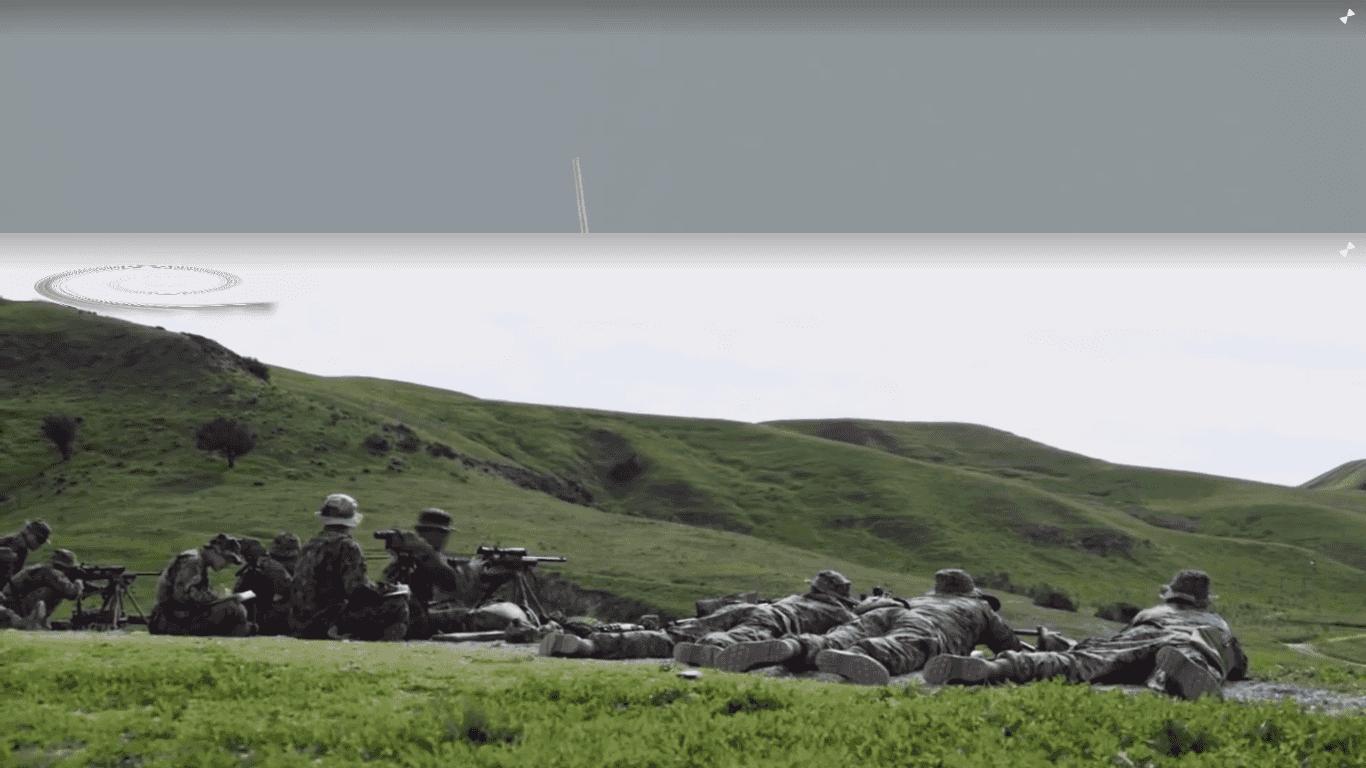 Válka a zbraně II, Film Popular