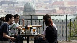 Pravidla pro restaurační předzahrádky jsou stále přísnější, vyznáte se v nich?