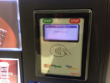 Platíme s Apple Pay.