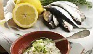 """Rybí saláty nazvané""""sjogurtem"""" jsou plné majonézy"""