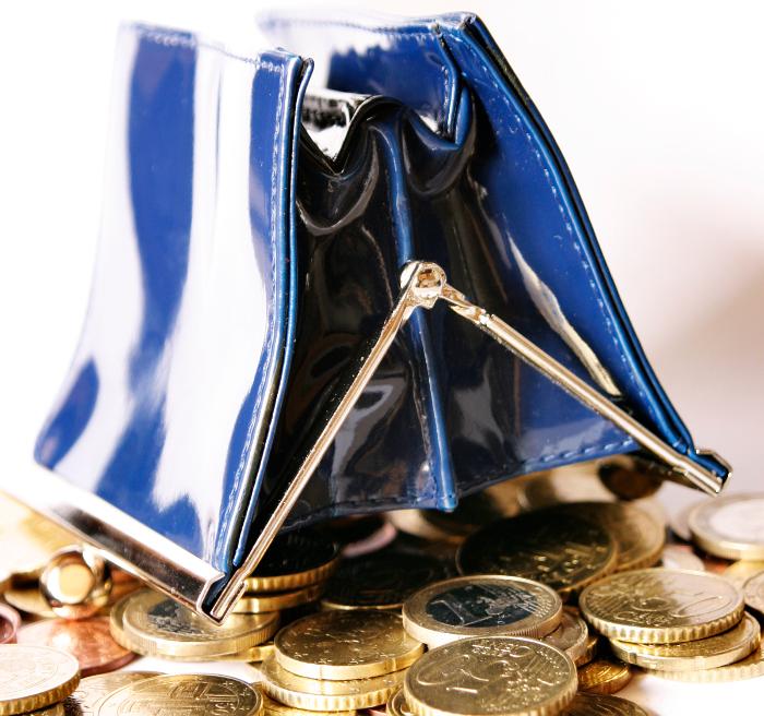 Co se stane, když banka přijde olicenci? Přijdete osvé peníze?