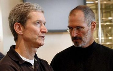 Tim Cook a Steve Jobs