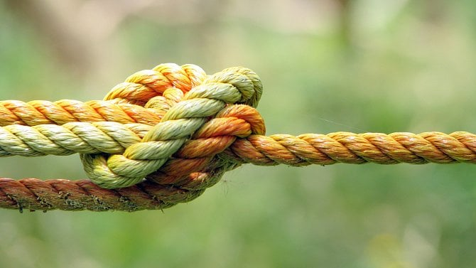 Knot DNS: správa zóny azónové soubory