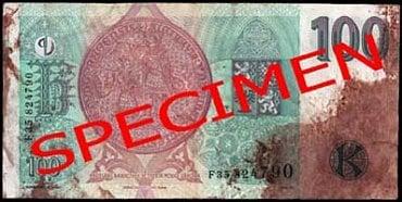 Nestandardně poškozená bankovka: Bankovka poškozená hygienicky závadným materiálem – zakrvácená. Česká národní banka: zadrží bankovku bez náhrady. Úvěrová instituce provádějící pokladní operace a zpracovatel bankovek a mincí: zadrží bankovku bez náhrady a předají ji ČNB. Ostatní subjekty: mohou bankovku odmítnout.