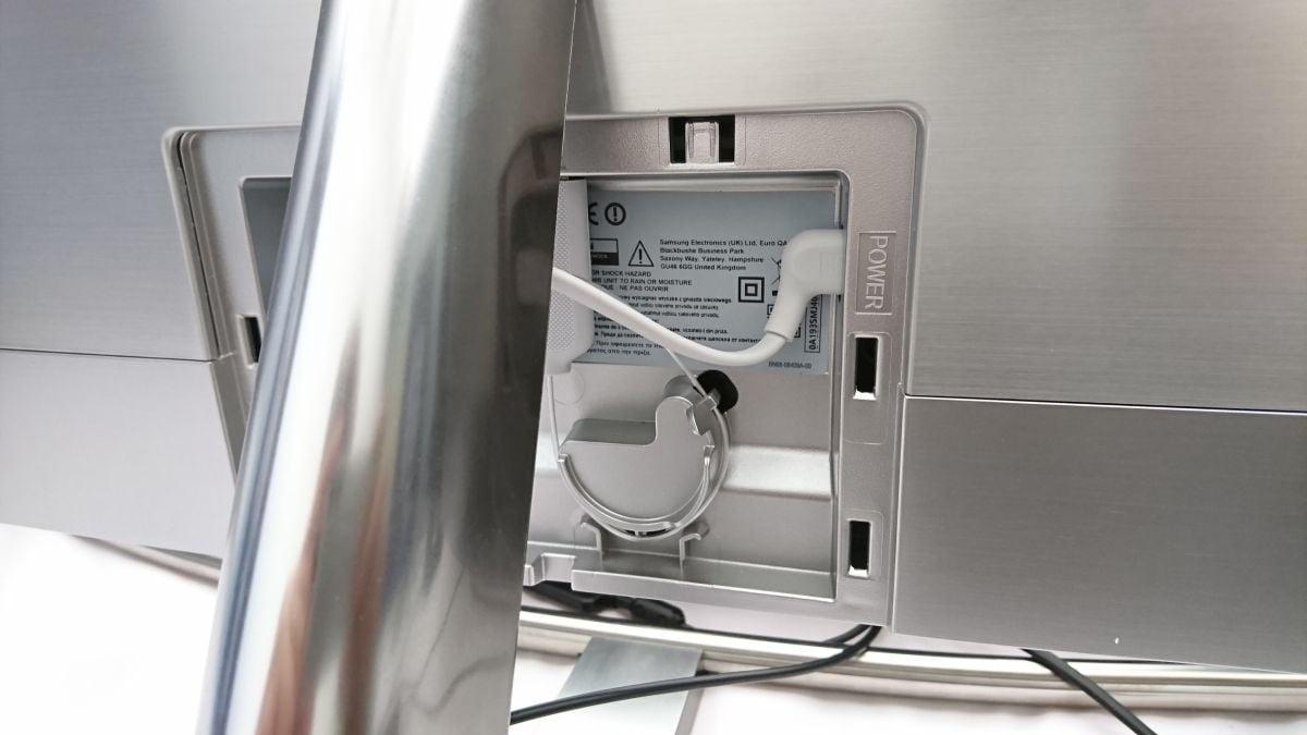 Samsung QLED - zezadu