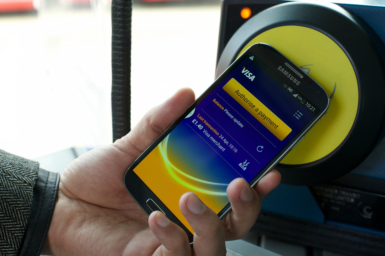 Visa, platební karty, bezkontaktní karty, NFC, mobil