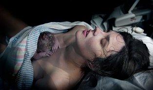 90% porodu je vhlavě: dula je pomůže najít