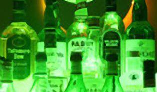 K prodeji falšovaného alkoholu stačí jediná originální lahev