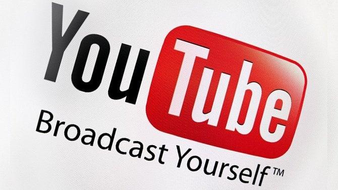 [článek] Youtubeři a syndrom vyhoření, facebookové příspěvky 14milionů lidí omylem veřejné a proč lidé pirátí