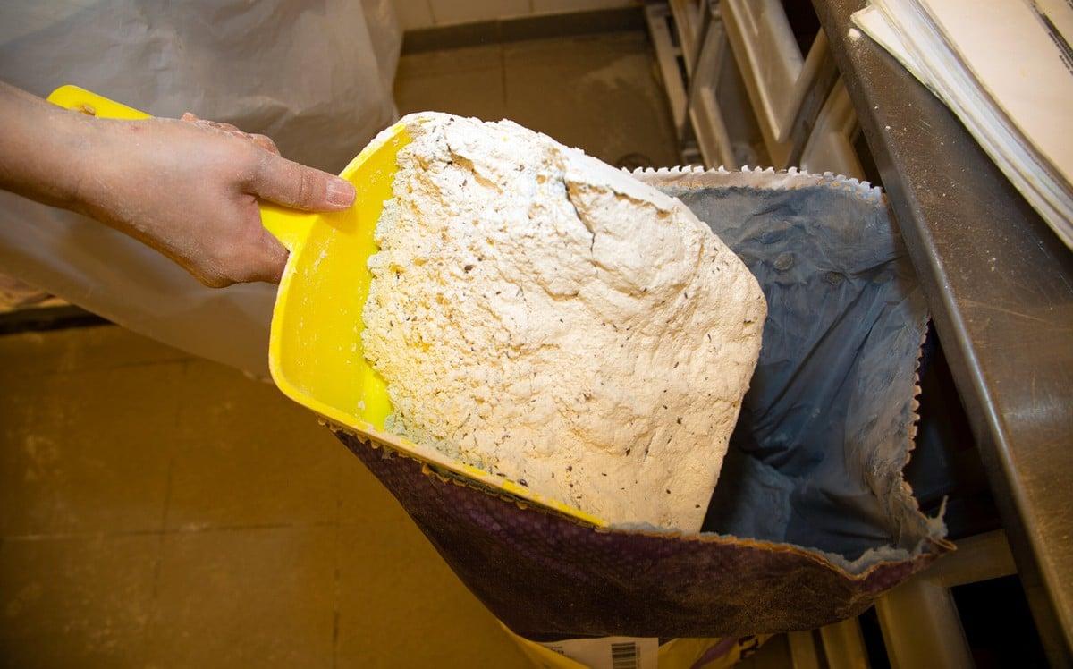 Jak se peče chleba v hypermarketu