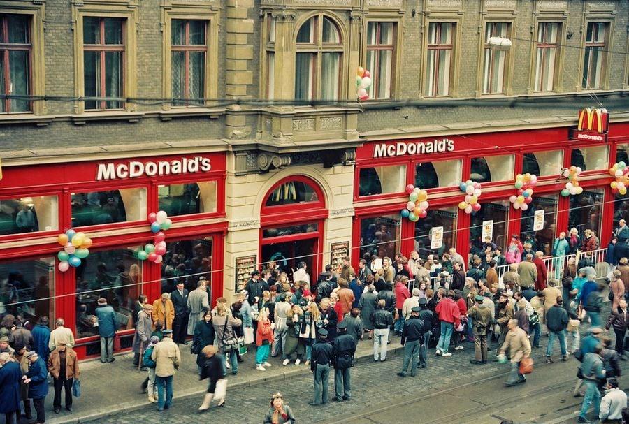 25 let McDonald's u nás