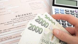 Měšec.cz: Nechcete přiznávat daně? Bude to za 500 měsíčně