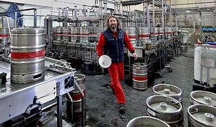 Plast je pro pivo nedůstojný obal, říkají ve Svijanech