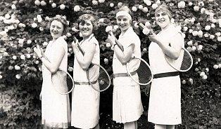 Kuchařka první republiky: Ideální děvče hrálo tenis a umělojíšku