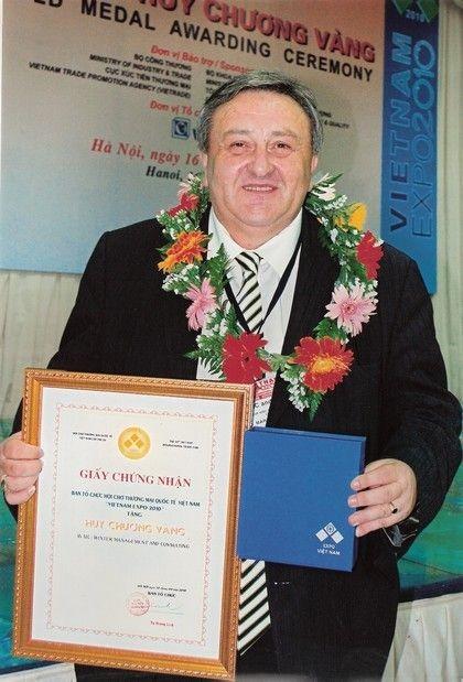 Na veletrhu VIETNAM EXPO 2010 v Hanoji získal Marcel Winter již 15.zlatou medaili