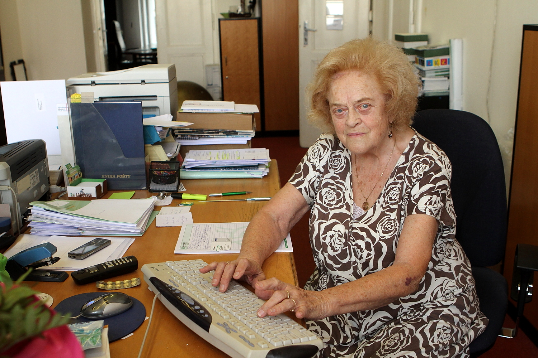 Paní Hana Volešáková, nejstarší česká sekretářka.