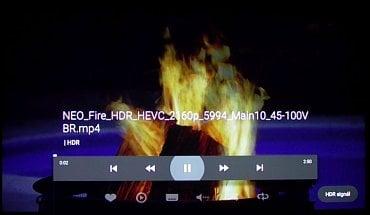 Philips 43PUS6501 vzorně hlásí HDR signál. Tak by to mělo být!