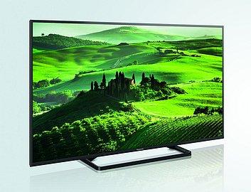 Televizoru rozhodně nelze upřít eleganci. Podtrhuje ji i nenatáčitelný podstavec. Cena sice není nejnižší, ale televizor toho nabízí hodně. Včetně vylepšeného, a u mě zcela pohodově se chovajícího, Wi-Fi.